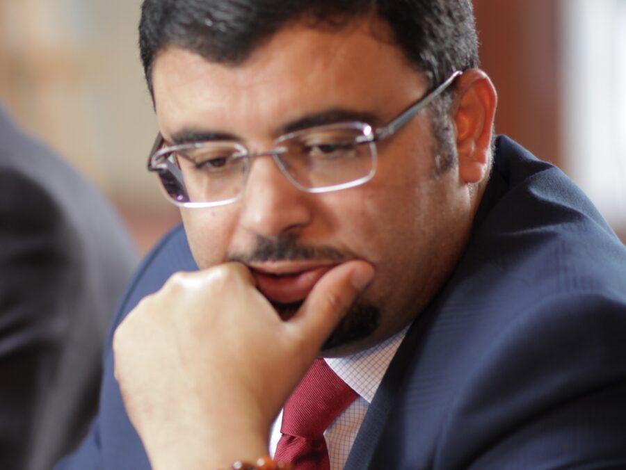 وزير تونسي من المجتمع المدني
